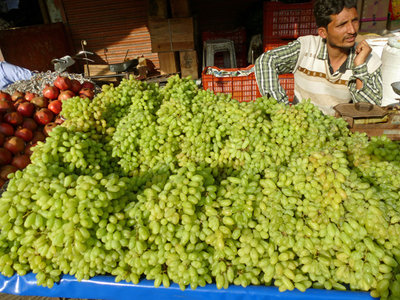 1 Fruit  market-Grape vallah 600.jpg
